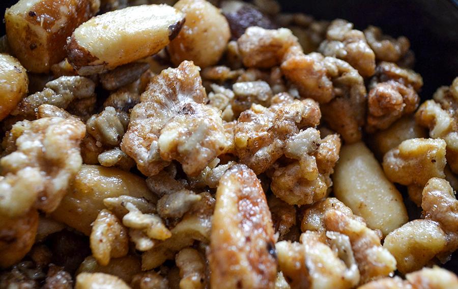 Honig Salz Nüsse