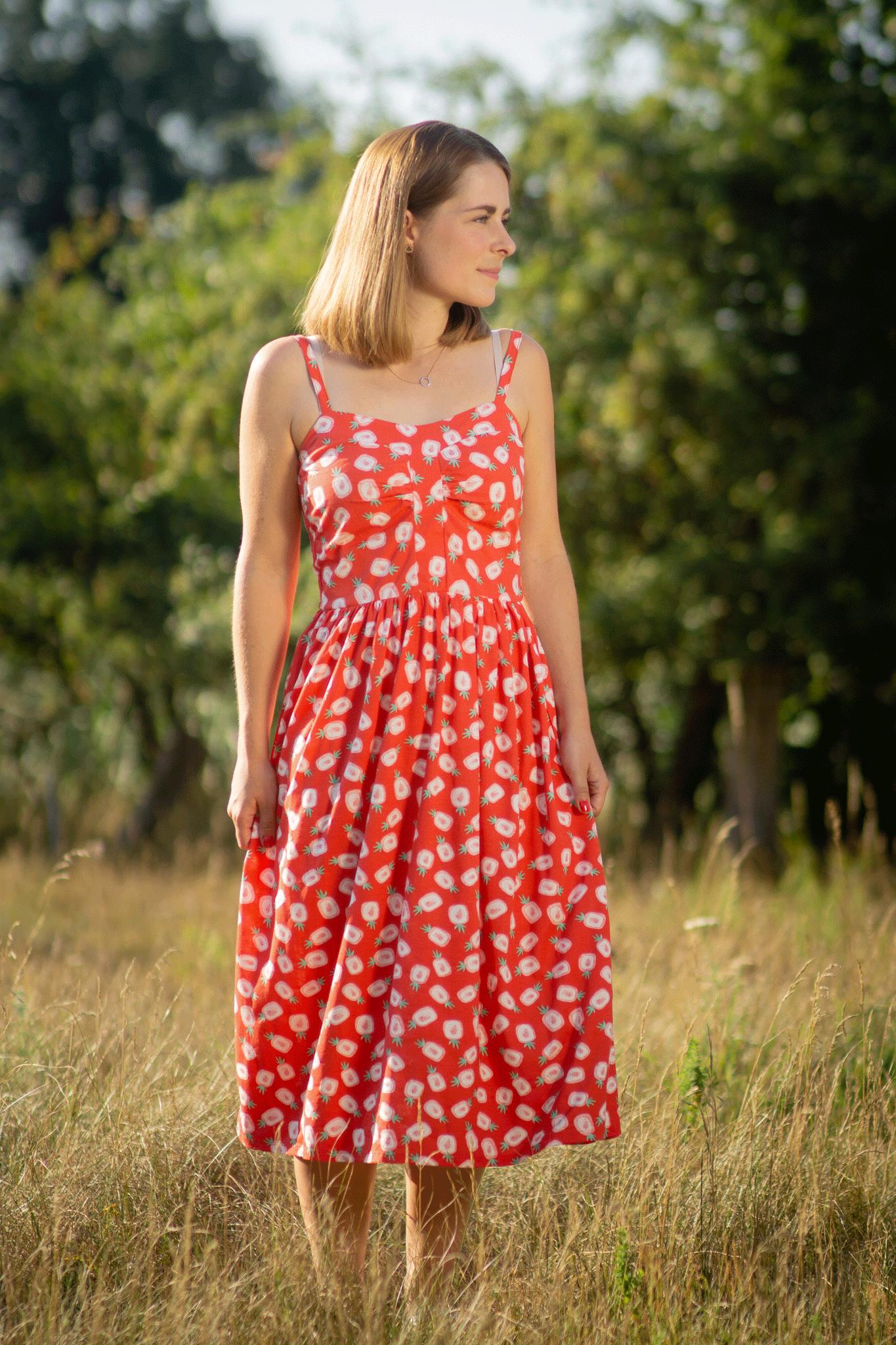 Fruchtige - Styles: Midi - Kleid mit Ananas - Print