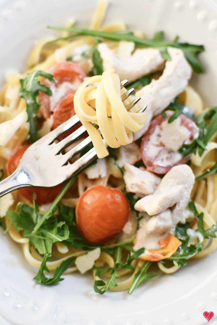 Rucola - Spaghetti in sahniger Frischkäsesoße