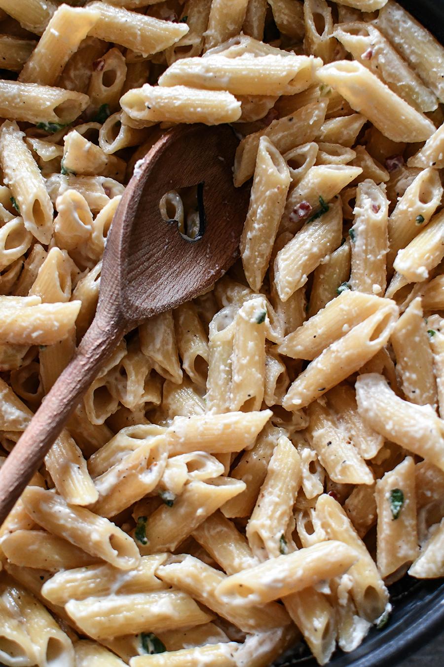 Salbei - Pasta mit Sahnesoße